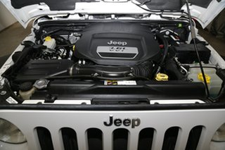 2013 Jeep Wrangler JK MY2013 Unlimited Sport White 6 Speed Manual Softtop