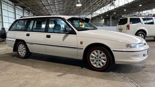1995 Holden Commodore VR II Equipe White 4 Speed Automatic Wagon.