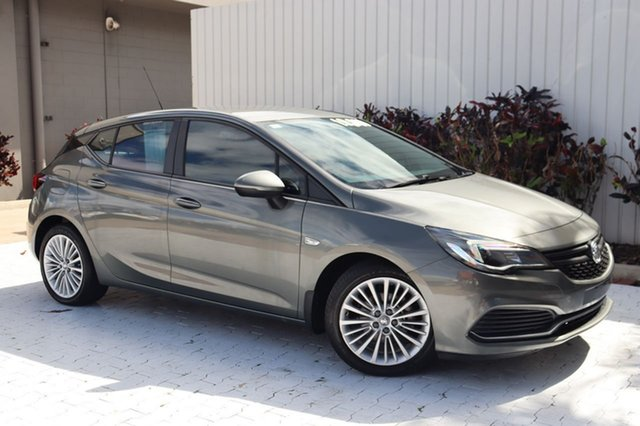 Used Holden Astra BK MY17 RS Cairns, 2016 Holden Astra BK MY17 RS Grey 6 Speed Manual Hatchback