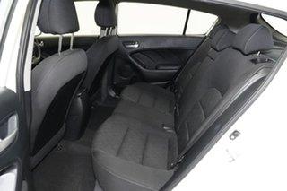 2014 Kia Cerato YD MY15 S White 6 Speed Sports Automatic Hatchback