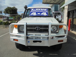 1996 Toyota Landcruiser HZJ75RV RV White 5 Speed Manual Hardtop.
