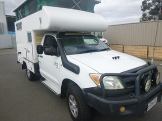 2006 Toyota Hilux KUN26R MY07 SR White 5 Speed Manual Cab Chassis.