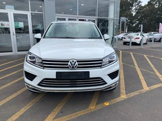 2016 Volkswagen Touareg 7P MY17 150TDI Tiptronic 4MOTION White 8 Speed Sports Automatic Wagon.