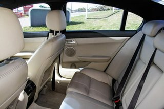 2010 Holden Calais VE II V Red 6 Speed Sports Automatic Sedan