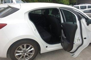 2017 Mazda 3 BN5478 Maxx SKYACTIV-Drive White 6 Speed Sports Automatic Hatchback