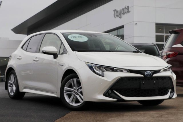 Pre-Owned Toyota Corolla ZWE211R SX E-CVT Hybrid Woolloongabba, 2020 Toyota Corolla ZWE211R SX E-CVT Hybrid Crystal Pearl 10 Speed Constant Variable Hatchback