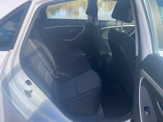 2014 Hyundai i30 GD2 Active White 6 Speed Sports Automatic Hatchback