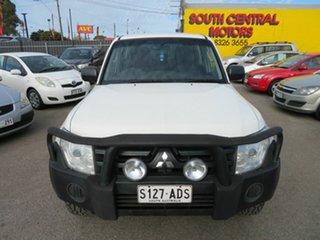 2008 Mitsubishi Pajero NS GLX LWB (4x4) White 5 Speed Auto Sports Mode Wagon.