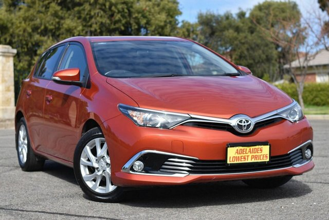 Used Toyota Corolla ZRE182R Ascent Sport S-CVT Morphett Vale, 2018 Toyota Corolla ZRE182R Ascent Sport S-CVT Orange 7 Speed Constant Variable Hatchback