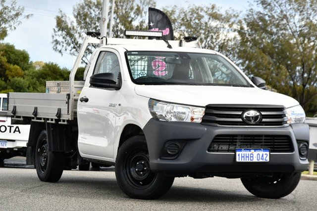 Used Toyota Hilux TGN121R Workmate 4x2 Clarkson, 2020 Toyota Hilux TGN121R Workmate 4x2 White 5 Speed Manual Cab Chassis