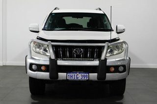 2011 Toyota Landcruiser Prado KDJ150R GX White 6 Speed Manual Wagon.