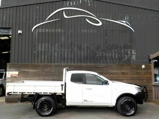 2016 Nissan Navara D23 S2 RX King Cab White 6 Speed Manual Cab Chassis.