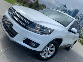 2014 Volkswagen Tiguan 5N MY14 103TDI DSG 4MOTION Pacific White 7 Speed Sports Automatic Dual Clutch.