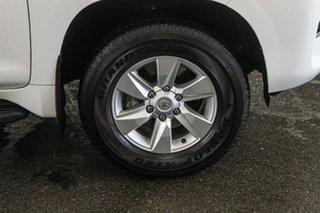 Toyota Landcruiser Prado Glacier White Wagon