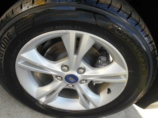 2013 Ford Focus LW MkII Trend Blue 5 Speed Manual Hatchback