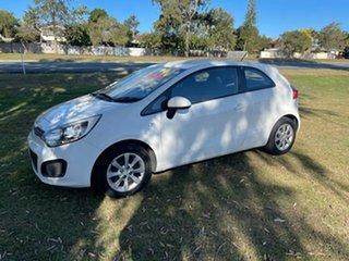 2012 Kia Rio UB MY12 S White 6 Speed Manual Hatchback.