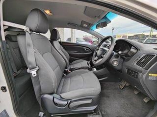2015 Kia Rio UB MY15 S White 6 Speed Manual Hatchback.