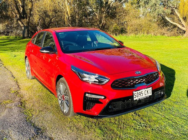 Demo Kia Cerato BD MY21 GT DCT Mount Barker, 2021 Kia Cerato BD MY21 GT DCT Runway Red 7 Speed Manual Hatchback