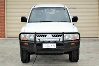 2004 Mitsubishi Pajero NP MY04 GLS White 5 Speed Sports Automatic Wagon.