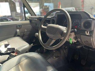 2003 Toyota Landcruiser HZJ79R (4x4) White 5 Speed Manual 4x4 Cab Chassis