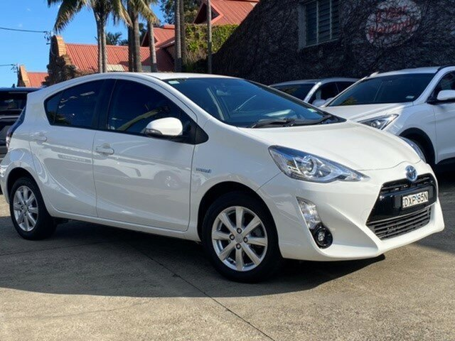Pre-Owned Toyota Prius c NHP10R i-Tech E-CVT Mosman, 2017 Toyota Prius c NHP10R i-Tech E-CVT Glacier White 1 Speed Constant Variable Hatchback Hybrid