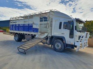 2001 Volvo FL250 FL250 Truck White Stock/Cattle crate
