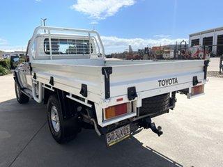 2017 Toyota Landcruiser VDJ79R GXL White/160817 5 Speed Manual Cab Chassis