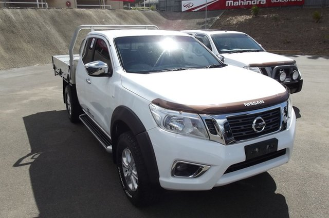 Used Nissan Navara D23 RX King Cab South Gladstone, 2016 Nissan Navara D23 RX King Cab White 6 Speed Manual Cab Chassis