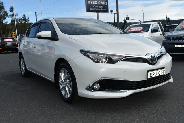 Used Toyota Corolla ZRE182R Ascent Sport S-CVT Gosford, 2017 Toyota Corolla ZRE182R Ascent Sport S-CVT White 7 Speed Constant Variable Hatchback