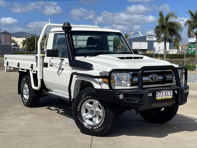Used Toyota Landcruiser VDJ79R GXL Townsville, 2017 Toyota Landcruiser VDJ79R GXL White/160817 5 Speed Manual Cab Chassis