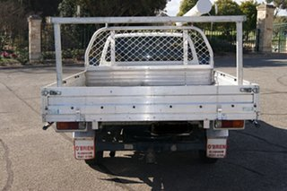 2005 Toyota Hilux RZN149R White 5 Speed Manual Cab Chassis.