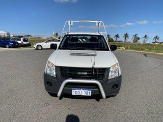 2011 Isuzu D-MAX TF MY10 SX (4x2) White 5 Speed Manual Cab Chassis.