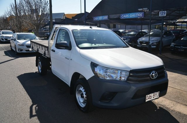 Used Toyota Hilux TGN121R Workmate Toowoomba, 2017 Toyota Hilux TGN121R Workmate White 6 Speed Automatic Cab Chassis