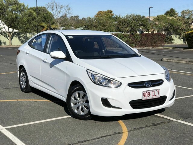 Used Hyundai Accent RB4 MY17 Active Chermside, 2016 Hyundai Accent RB4 MY17 Active White 6 Speed Manual Sedan