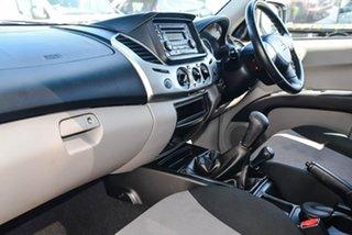 2013 Mitsubishi Triton MN MY13 GL-R Double Cab White 5 Speed Manual Utility