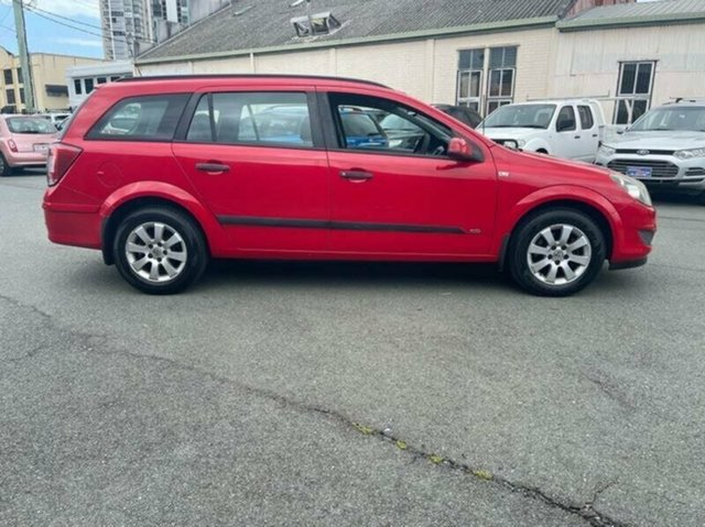 Used Holden Astra AH MY09 CD Southport, 2009 Holden Astra AH MY09 CD Red 4 Speed Automatic Wagon
