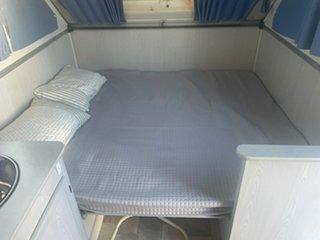 2004 AVAN A Liner Caravan