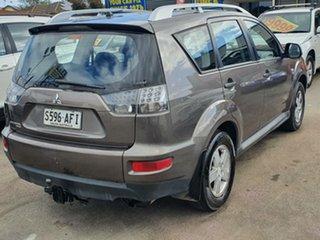 2010 Mitsubishi Outlander ZH MY10 Activ Silver 6 Speed Constant Variable Wagon.