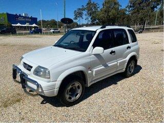 1998 Suzuki Vitara V6 (4x4) White 4 Speed Automatic 4x4 Wagon.