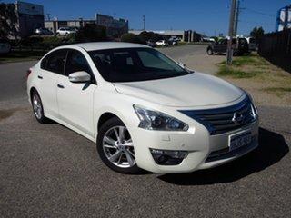 2016 Nissan Altima L33 ST-L White Continuous Variable Sedan.