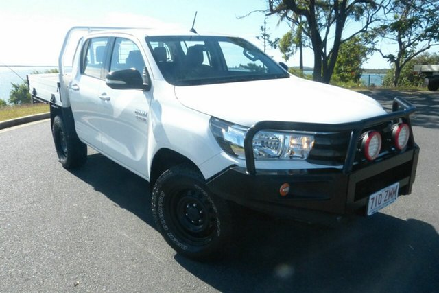 Used Toyota Hilux GUN126R SR Double Cab Gladstone, 2017 Toyota Hilux GUN126R SR Double Cab White 6 Speed Sports Automatic Cab Chassis