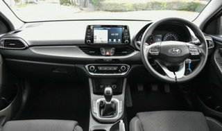 2017 Hyundai i30 PD MY18 Active White 6 Speed Manual Hatchback.