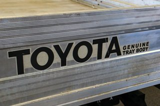 2013 Toyota Hilux KUN16R MY12 Workmate 4x2 Glacier White 5 Speed Manual Cab Chassis