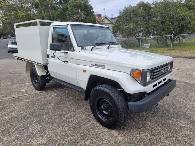 Used Toyota Landcruiser Homebush West, 1992 Toyota Landcruiser HZJ75RP White 5 Speed Manual Utility