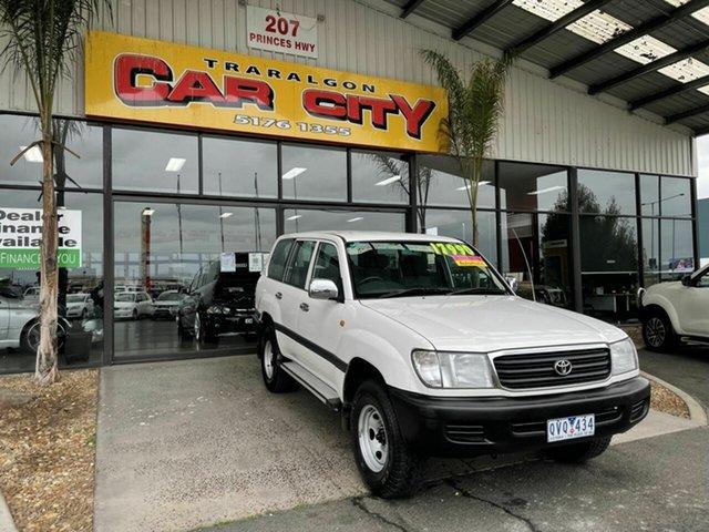 Used Toyota Landcruiser FZJ105R GXL (4x4) Traralgon, 2000 Toyota Landcruiser FZJ105R GXL (4x4) White 4 Speed Automatic 4x4 Wagon