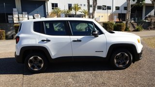 2015 Jeep Renegade BU Sport White 6 Speed Auto Dual Clutch Wagon.