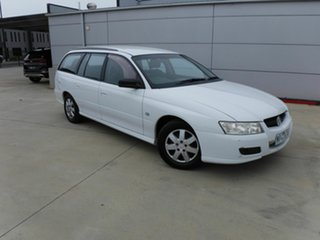 2007 Holden Commodore VZ Executive White 4 Speed Automatic Wagon.