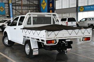 2017 Isuzu D-MAX TF MY17 SX (4x4) Splash White 6 Speed Automatic Crew Cab Chassis.