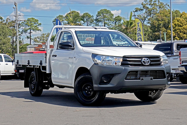 Used Toyota Hilux TGN121R Workmate 4x2 Chandler, 2016 Toyota Hilux TGN121R Workmate 4x2 White 6 Speed Sports Automatic Cab Chassis