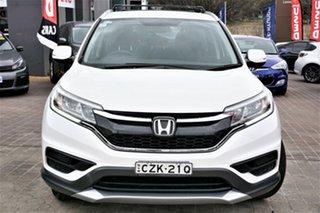 2015 Honda CR-V RM Series II MY16 VTi White 6 Speed Manual Wagon.